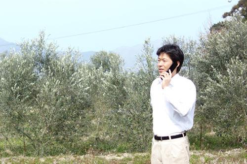 電話中の農ログメンバー