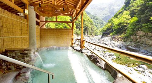 祖谷温泉の露天風呂